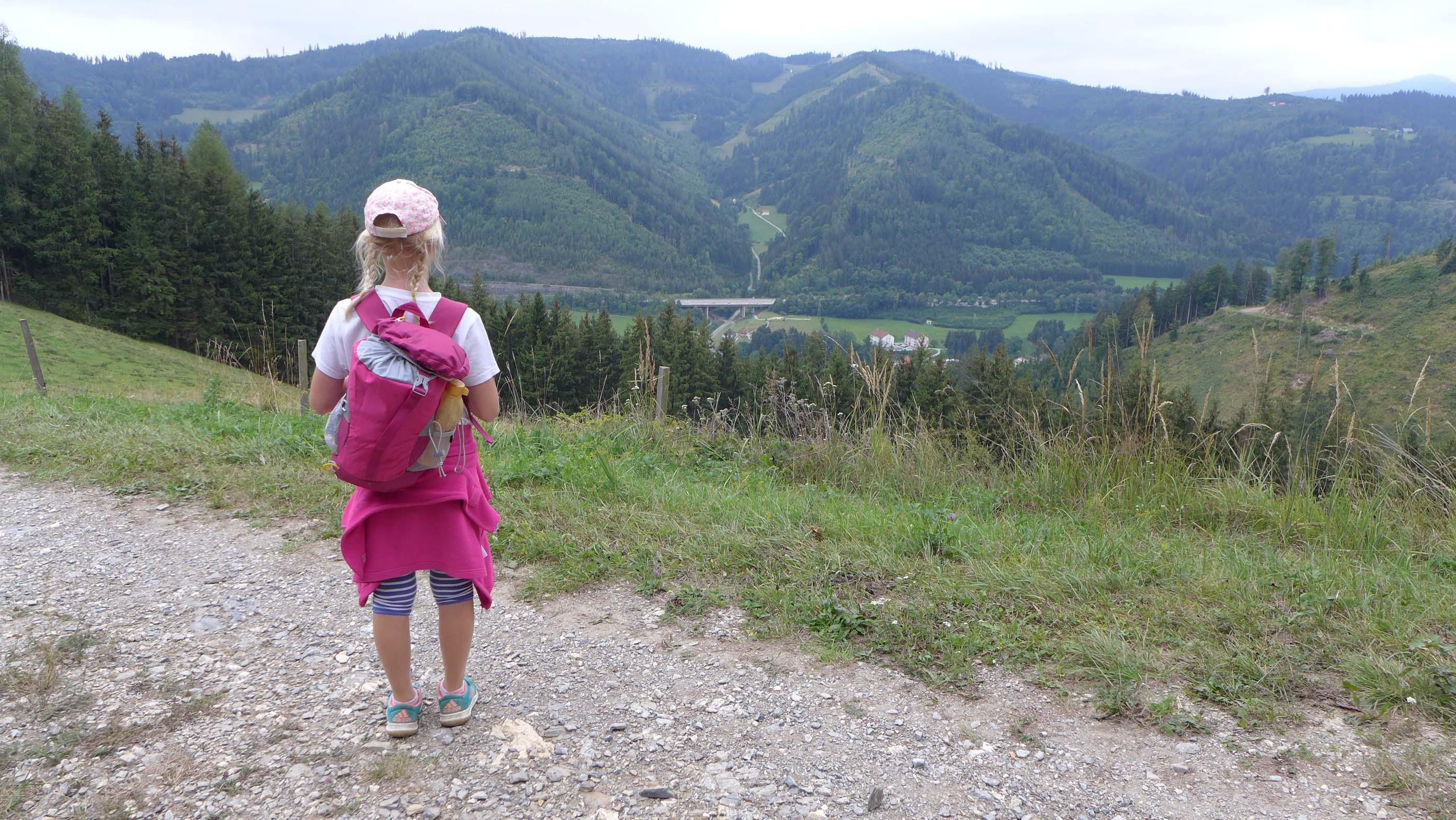 ... mit dem ersten Blick zurück nach Übelbach!
